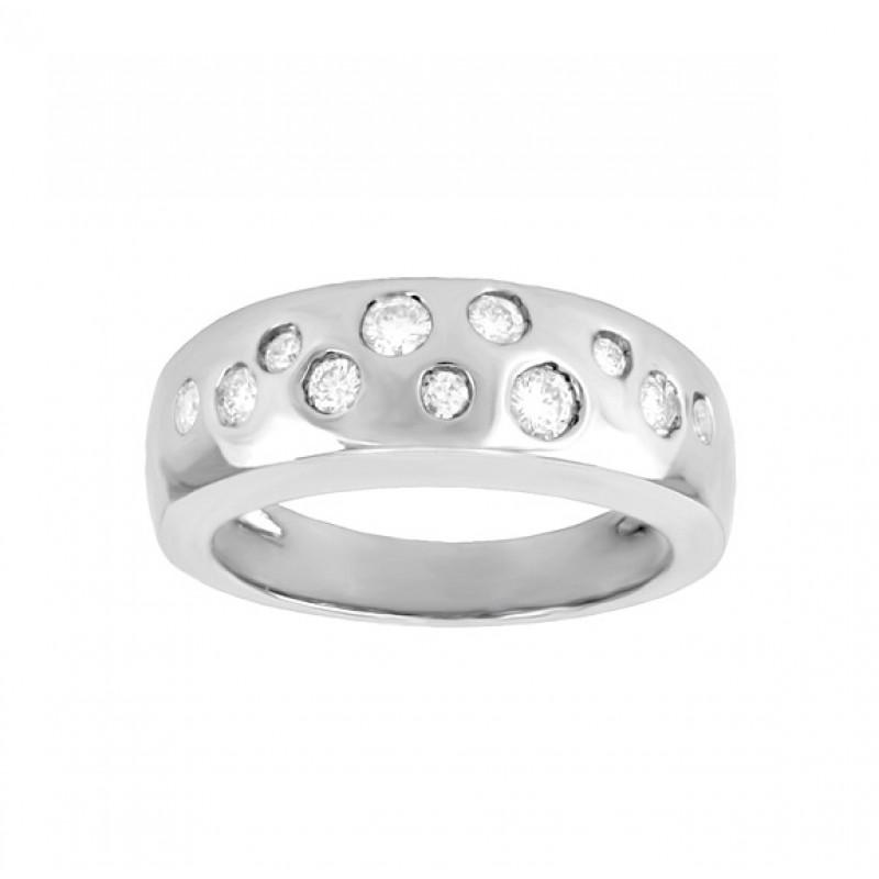 Brand new Flush Set Scattered Diamond Ring GP59